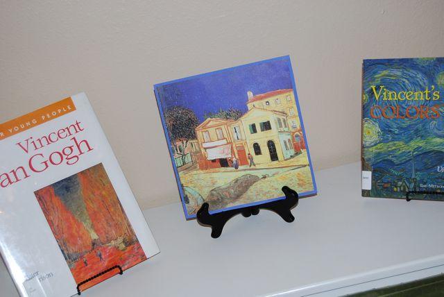 Van_gogh_books